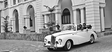 Colombo by colonial car