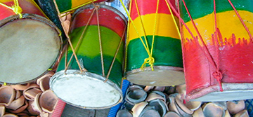 Play a Sri Lankan drum
